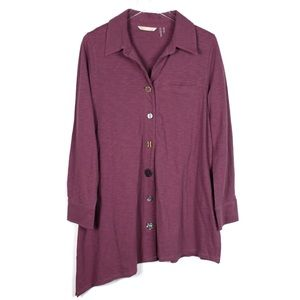 Soft Surroundings Large asymmetrical tunic buttons